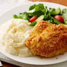 CHICKEN SCHNITZEL MASHED POTATO AND MUSHROOM SAUCE